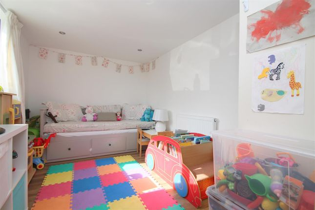 Playroom / Bedroom 5