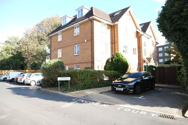 Thumbnail Flat to rent in Lincoln Court, Arborfield Close, Slough