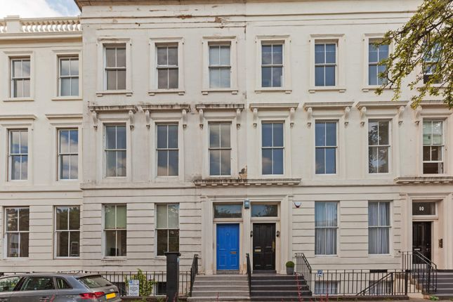 Thumbnail Flat for sale in Newton Terrace, Charing Cross Glasgow