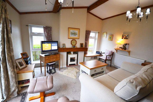 Lounge 1 1 of Shillingford Park, Carmarthen Road, Kilgetty SA68