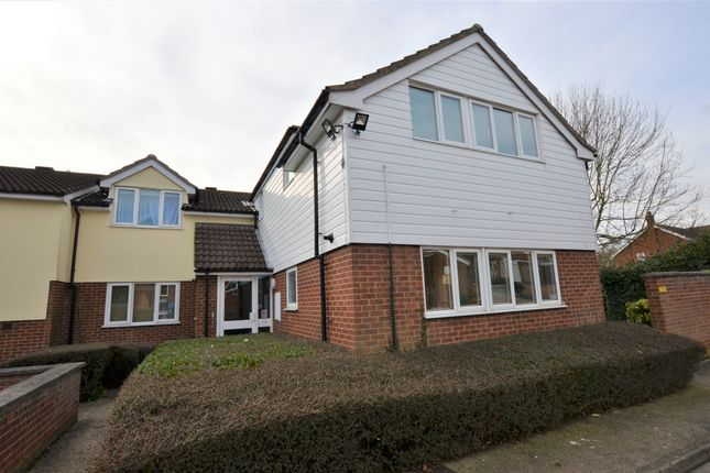 Thumbnail Flat for sale in Sovereign Court, Harlow