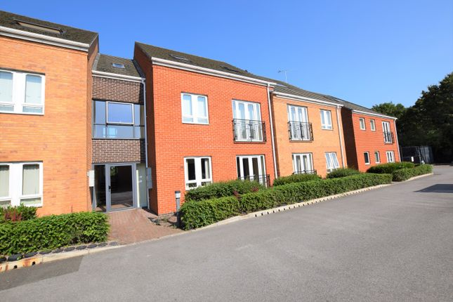 2 bed flat to rent in Askham Court, Radcliffe Road, Gamston NG2