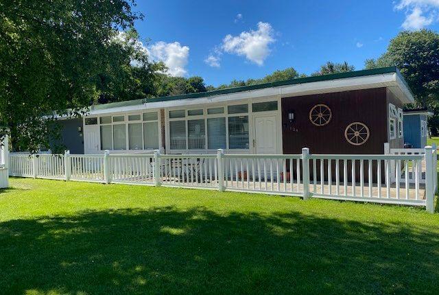 Woodlands Holiday Park, Gilfachrheda, New Quay SA45