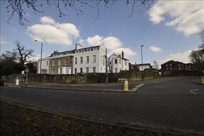 Thumbnail Office to let in Worth Corner Business Centre, Turners Hill Road, Pound Hill, Crawley, West Sussex