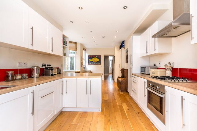 Kitchen Part Two of Ivydale Road, Nunhead, London SE15