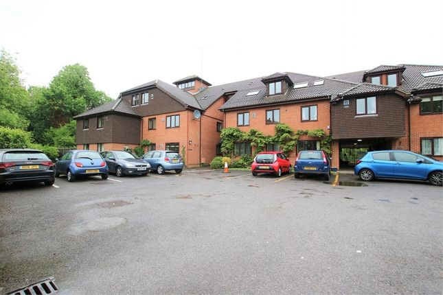1 bed flat for sale in 11 Reading Road, Wokingham, Berkshire