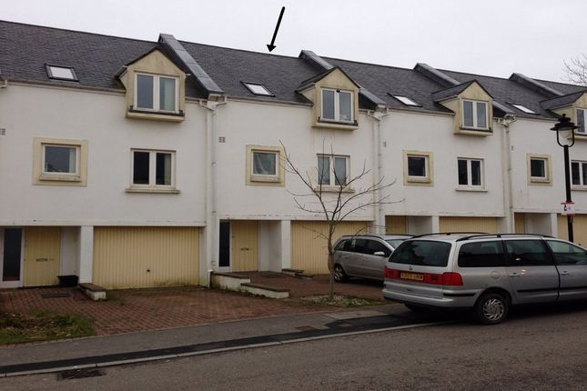 Thumbnail Town house to rent in Trevail Way, St Austell, Cornwall