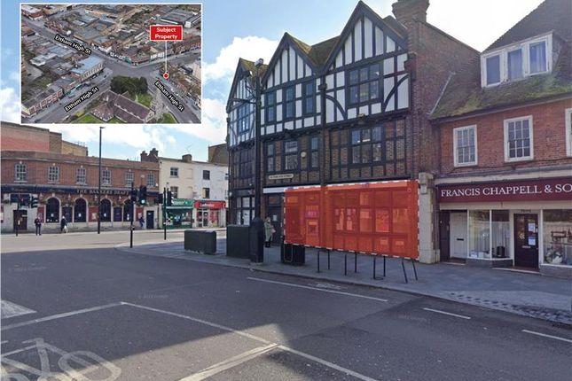 Retail premises to let in 76 High Street, Eltham, London