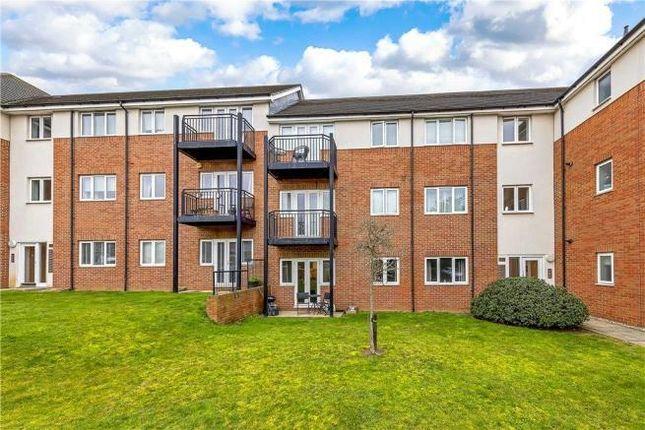 Thumbnail Flat to rent in Thomas Drive, Gidea Park, Romford