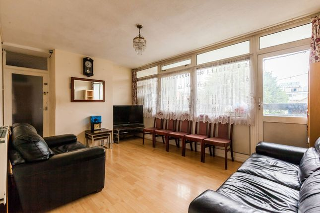 Thumbnail Maisonette for sale in Chapman Street, Shadwell