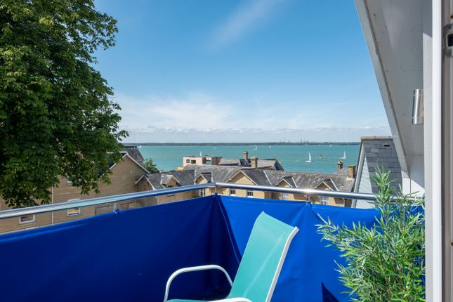 Thumbnail Detached house for sale in Marine View Close, Cowes, Isle Of Wight