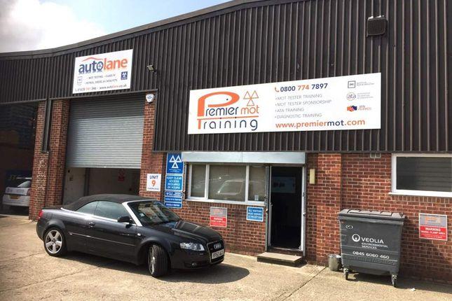 Thumbnail Parking/garage for sale in Newbury RG14, UK