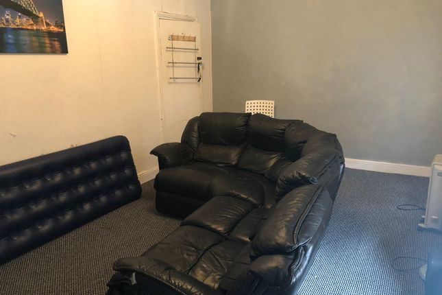 Thumbnail Terraced house to rent in Crosfield Grove, Manchester
