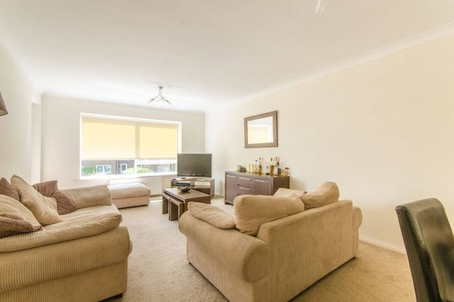 Thumbnail Flat for sale in Freshfield Drive, Southgate