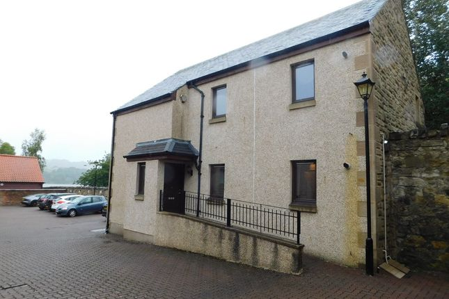 Thumbnail Flat to rent in Lochside Mews, Linlithgow