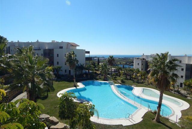 2 bed apartment for sale in Spain, Málaga, Benahavís, Los Flamingos
