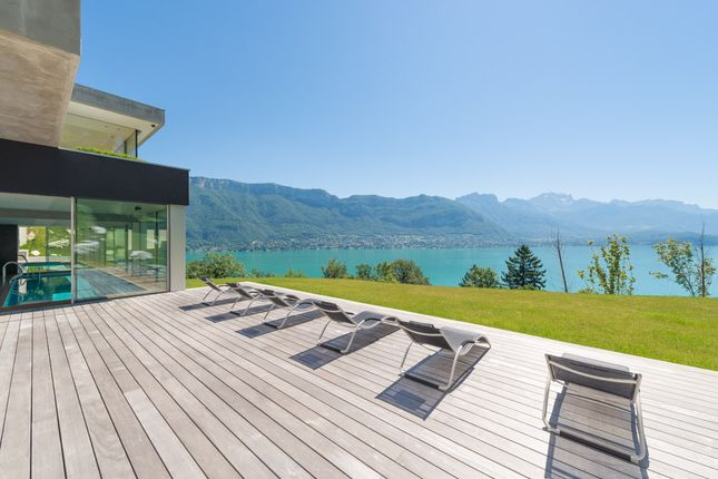 4 bed detached house for sale in Lake Annecy (Commune), Annecy, Haute-Savoie, Rhône-Alpes, France