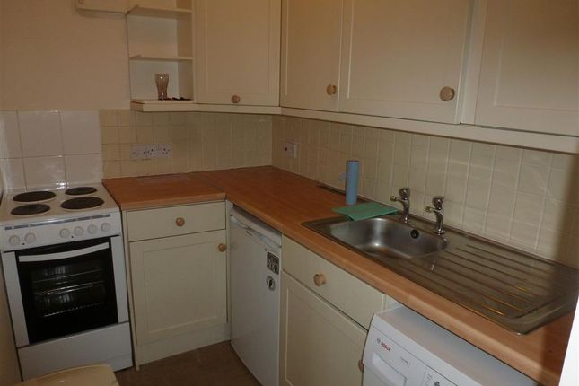 Thumbnail Flat to rent in Ramnoth Road, Wisbech