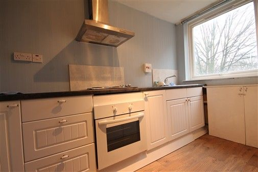 2 bed flat to rent in St. Ann's Close, Newcastle Upon Tyne