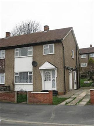 Thumbnail Semi-detached house to rent in Heights Drive, Farnley, Leeds
