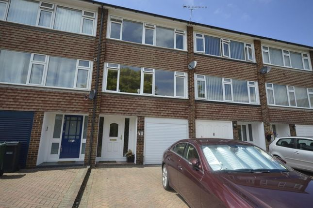 Thumbnail Terraced house to rent in Stirling Close, Banstead