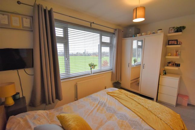 Bedroom 3 of Parkfield Avenue, Astley, Manchester M29
