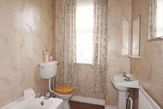 Bathroom of Grove Road, Heron Cross, Stoke-On-Trent, Staffordshire ST4