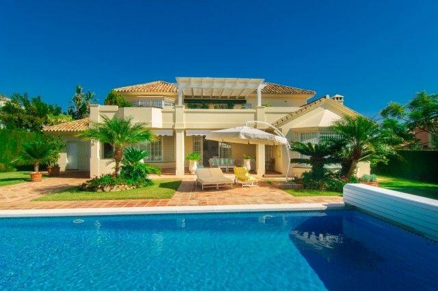 3 bed villa for sale in Spain, Málaga, Marbella, Elviria Alta