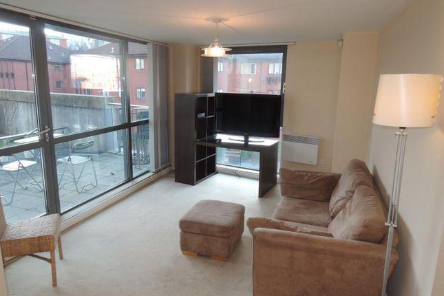 Flat to rent in Centenary Plaza, 18 Holliday Street, Birmingham