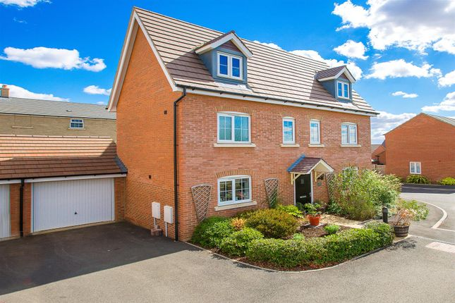 Thumbnail Detached house for sale in Mendip Way, Little Stanion