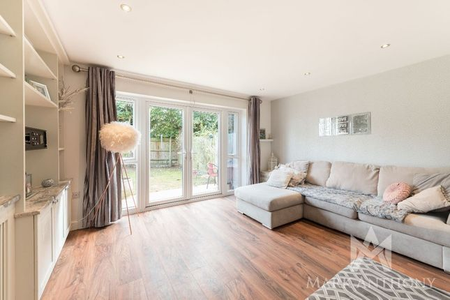 Thumbnail Semi-detached house for sale in Old Farmhouse Mews, Hatfield