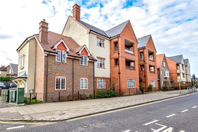 2 bed flat for sale in High Street, Rickmansworth, Hertfordshire WD3