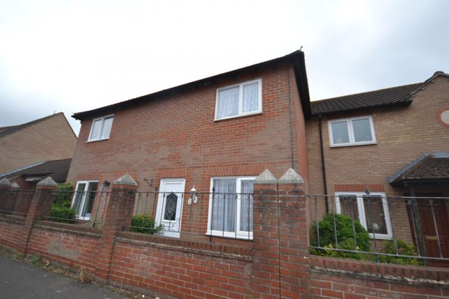 Thumbnail Terraced house to rent in Dale Close, Stanway, Essex