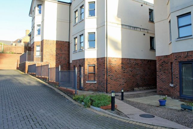 2 bed flat for sale in Bank View, Off Southbank Road, Hereford HR1
