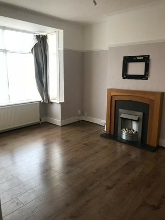 Thumbnail Terraced house to rent in New Road, London, London