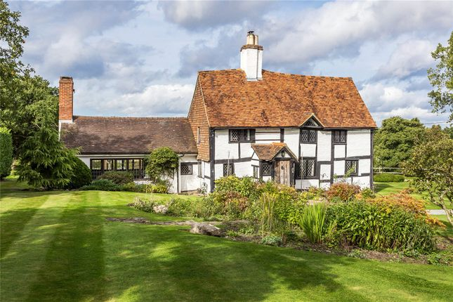 Thumbnail Detached house for sale in Reigate Road, Hookwood, Horley, Surrey