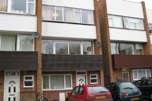 6 bed town house to rent in Horwood Close, Headington, Oxford