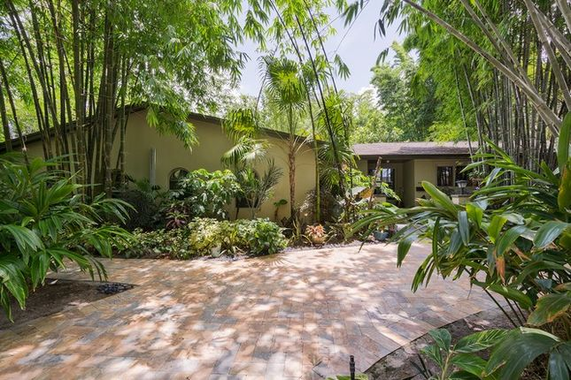 4 bed property for sale in 4805 Sw 93rd Ct, Miami, Florida, United States Of America