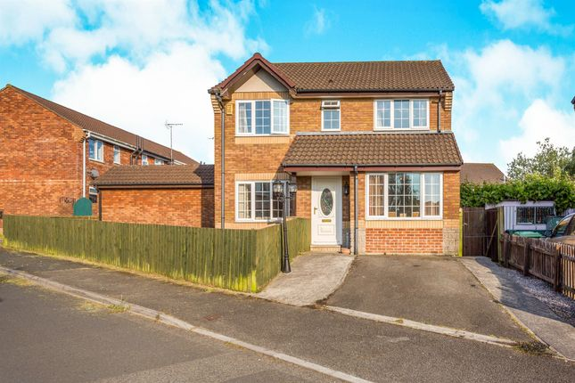 4 bed detached house for sale in Lower Cannon Road, Heathfield, Newton Abbot
