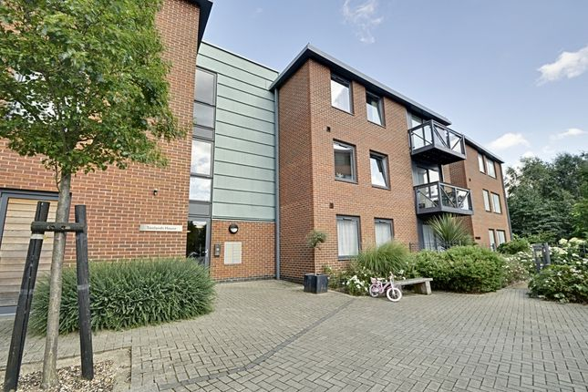 Thumbnail Flat to rent in Toolands House, Union Lane, Isleworth