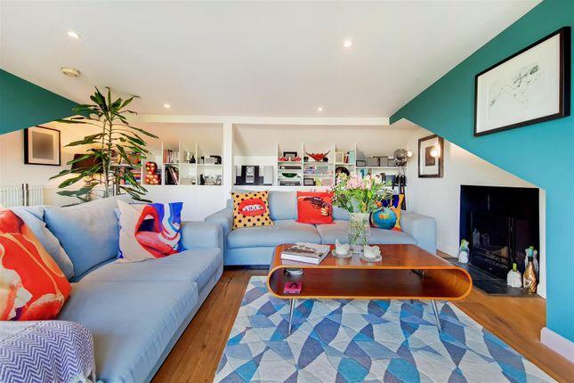 3 bed flat for sale in Hornsey Lane Gardens, Highgate N6