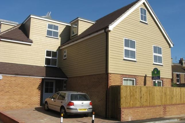 Thumbnail Flat to rent in Sussex Street, Bognor Regis