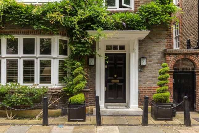 Thumbnail Semi-detached house for sale in Chelsea Park Gardens, Chelsea