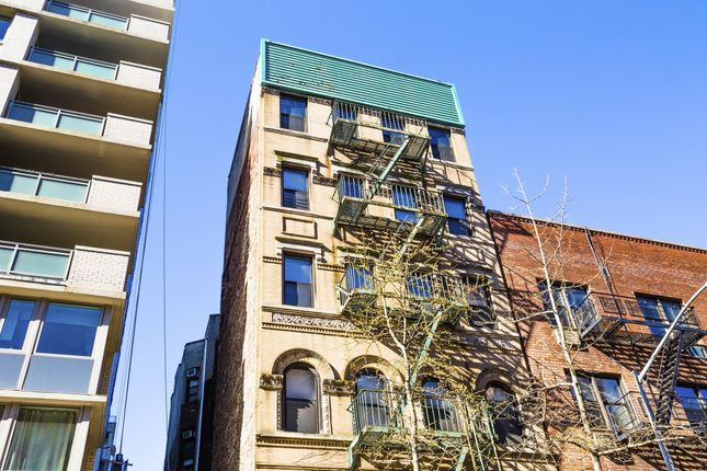 Thumbnail Town house for sale in 424 E 82nd St, New York, Ny 10028, Usa
