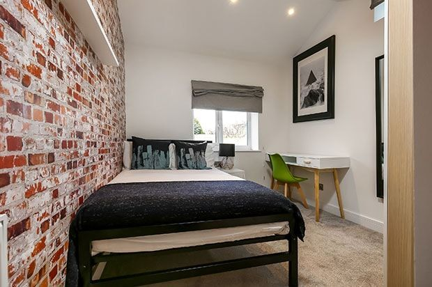 Thumbnail Room to rent in Powerscourt Road, Hampshire