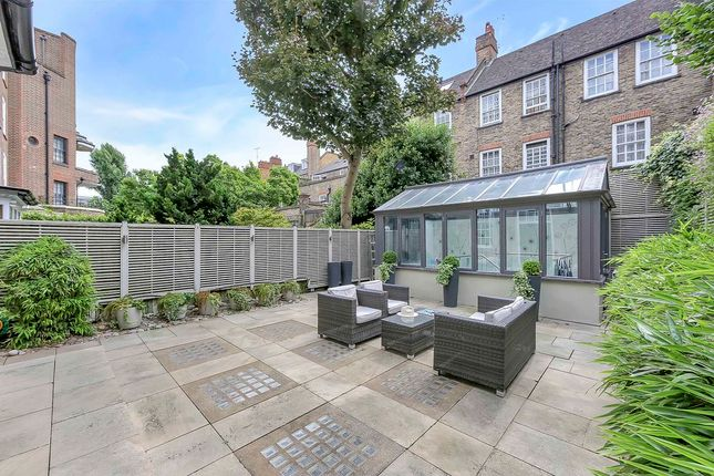 Thumbnail Detached house to rent in The Vale, London