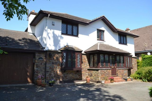 Thumbnail Detached house to rent in Somerset Road, Douglas