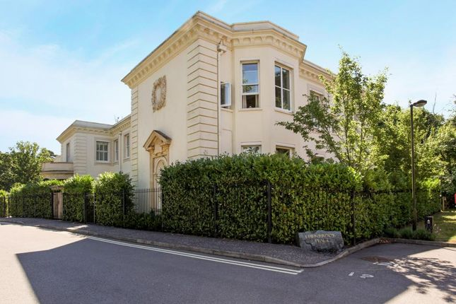Thumbnail Flat to rent in Brook Avenue, Ascot