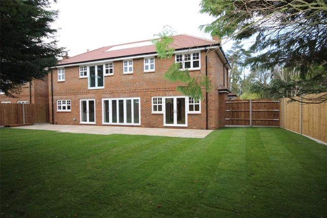 Knoll Gardens Rear Of 82 Wheathampstead Road Harpenden