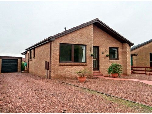 Thumbnail Bungalow to rent in Smithfield Crescent, Blairgowrie
